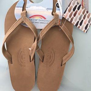 Rainbow sandals narrow strap size medium 6.5-7.5